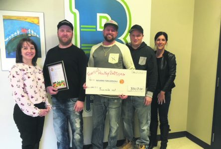 Tournoi de hockey bottines – Plus de 3 000 $ sont remis au projet Nourris ton cerveau