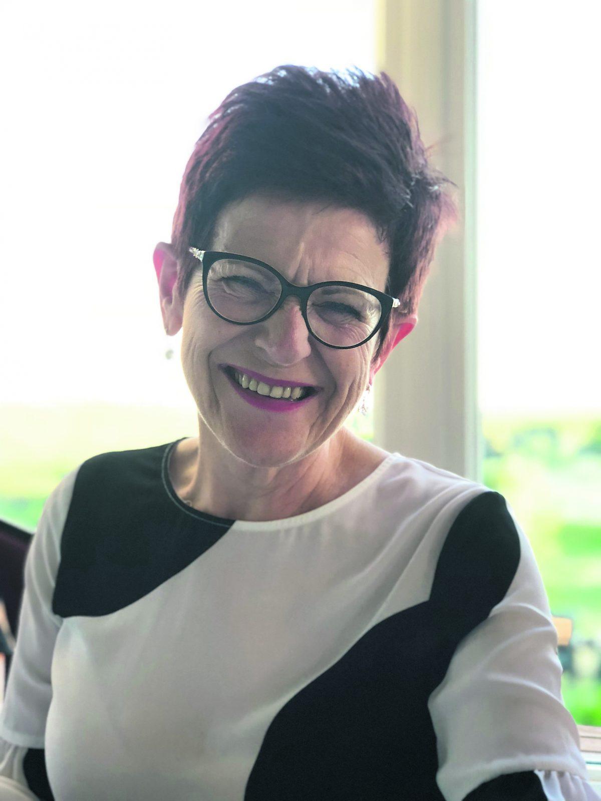 Lynda Ouellet – Une retraite méritée après 37 ans dans la fonction publique