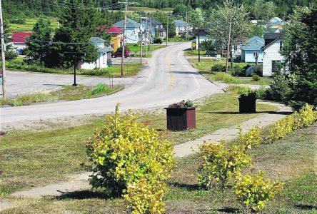 Portneuf-sur-Mer et Longue-Rive évitent la rétrocession de leur rue principale