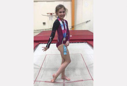 Un exploit d'or au trampoline pour Andréa Pelchat