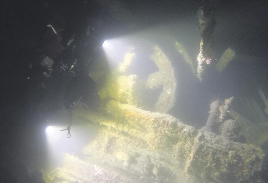 Plongée sur une épave inconnue à Tadoussac