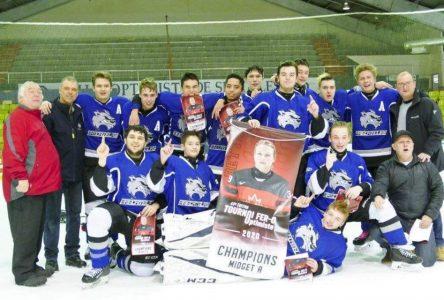 Les Prédateurs de la Haute-Côte-Nord doubles champions