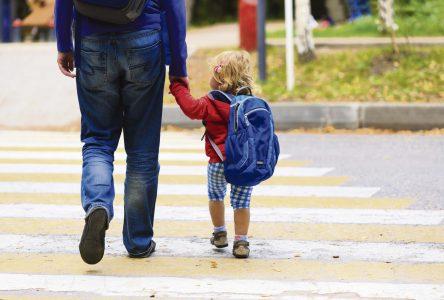 Envoyer son enfant à l'école ou non?