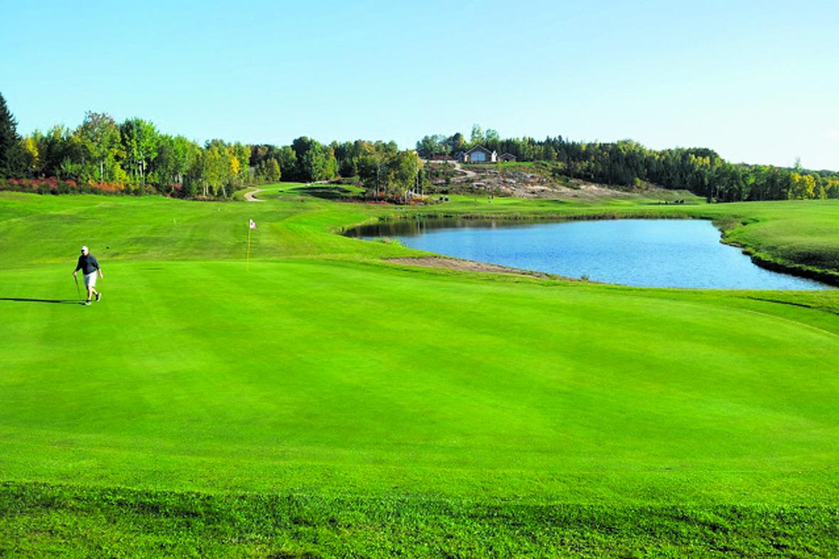 Les clubs de golf préparent leur saison