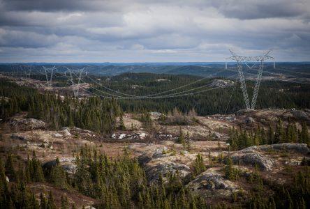 Les travaux reprennent lundi pour le projet de ligne Micoua-Saguenay
