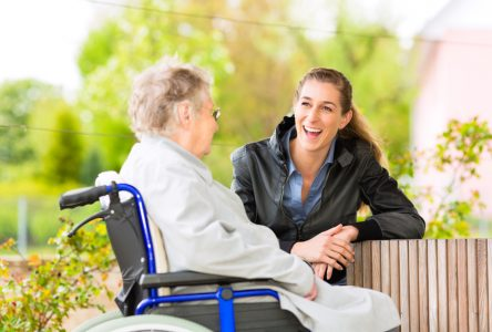 Les visites aux personnes âgées de nouveau permises au CISSS de la Côte-Nord