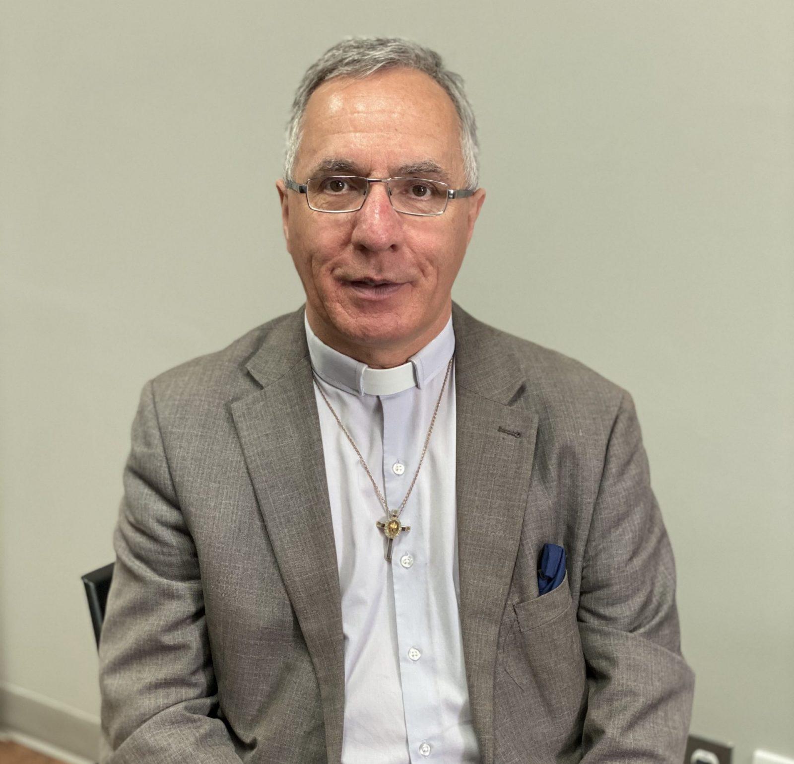 Le curé Irénée Girard transféré à Sept-Îles
