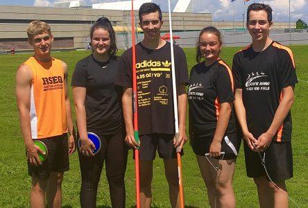 Athlétisme : Liam Simard établit un record provincial au lancer du marteau