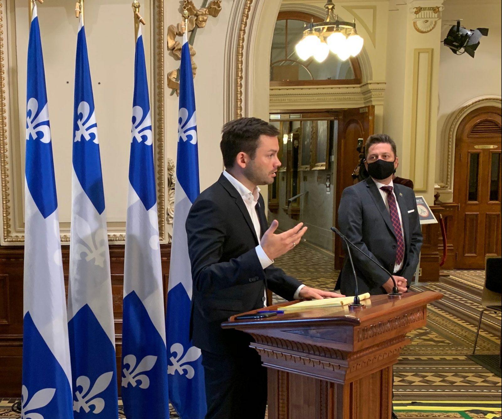 Martin Ouellet reste leader parlementaire du PQ