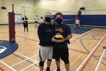 Le Club de volleyball les Macareux veut s'étendre sur l'ensemble de la Côte-Nord