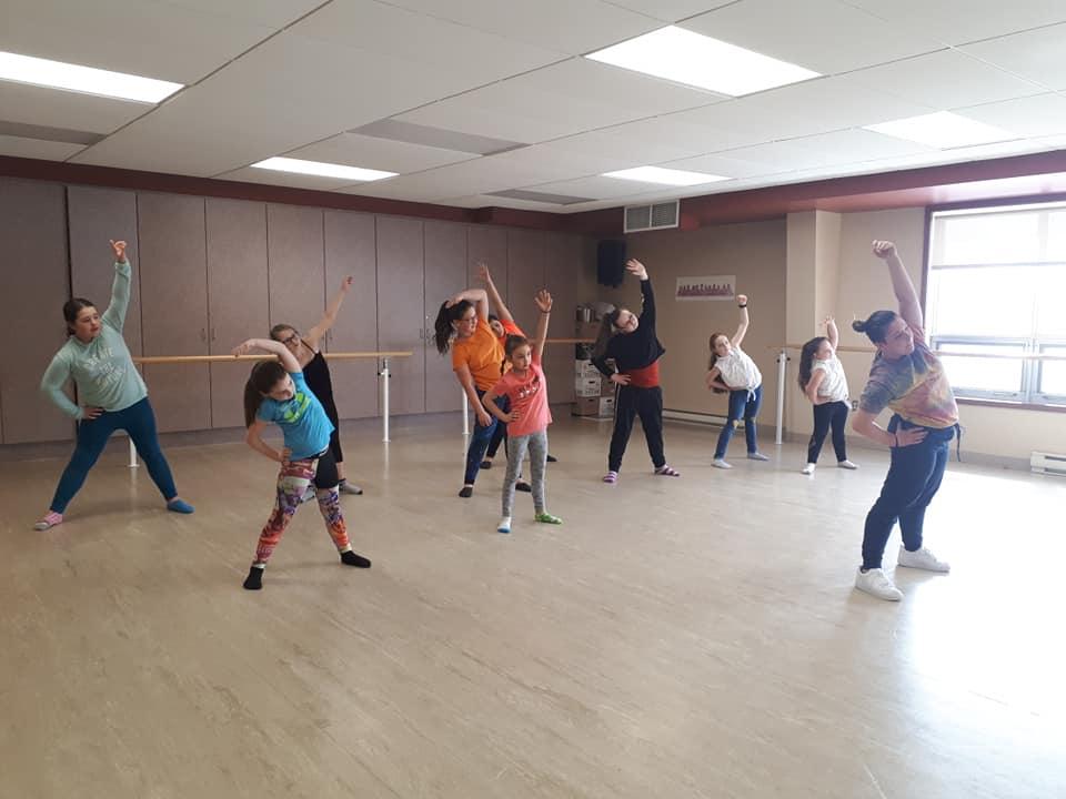 L'Académie de danse de Forestville se tourne vers le Web